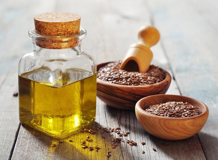 Масло льна полезно и для красоты, и для здоровья человека
