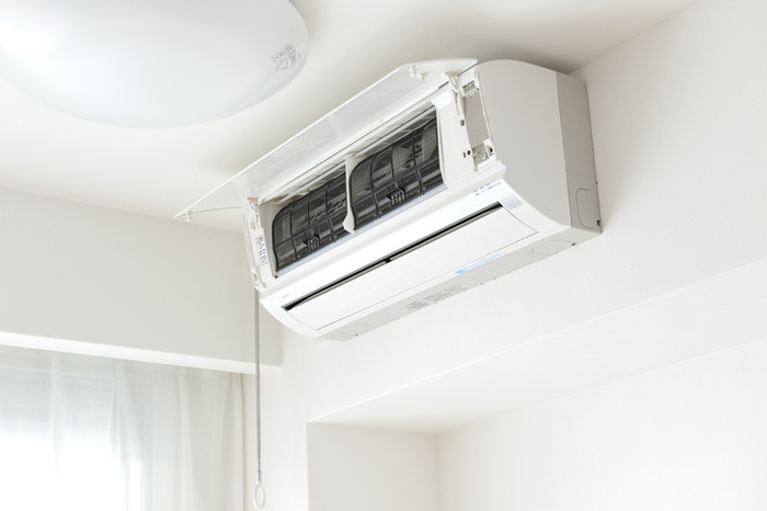 Помните, что обогревать комнат при минусовой температуре на улице могут только инверторные устройства