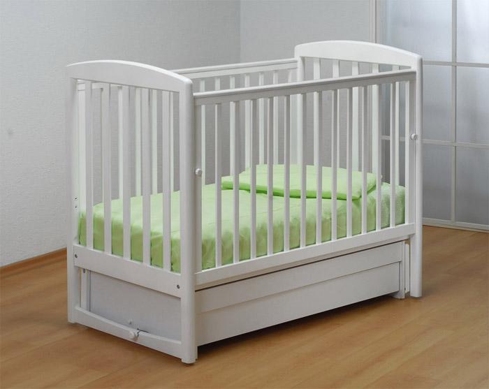 Бортики детской кроватки не должны быть сплошными