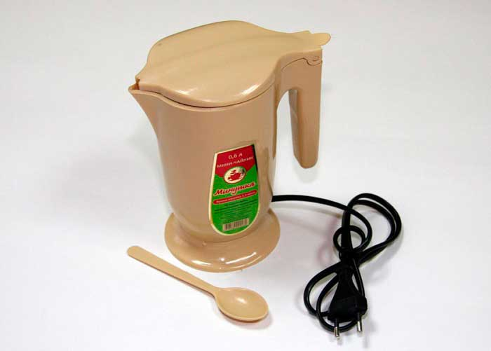 электрический мини-чайник
