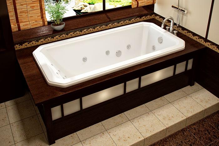 К поверхности акриловой ванны необходимо относиться с особой осторожностью