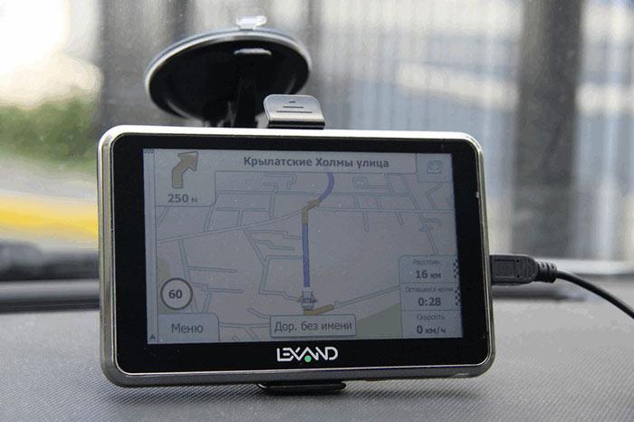 Желательно, чтобы автомобильный навигатор поддерживал систему Глонасс