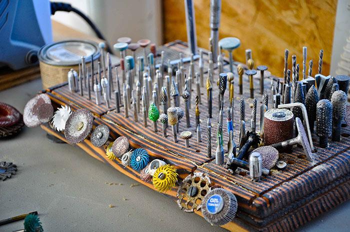 Насадки для электрического гравера выбираются исходя из выполняемых задач