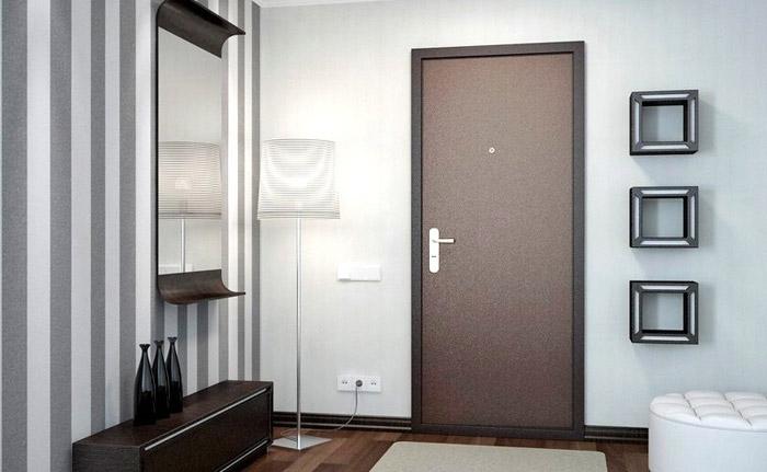 Металлическая дверь более прочна чем деревянная