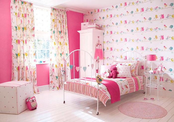 Для детской комнаты лучше выбрать флизелиновые обои, как самые экологичные