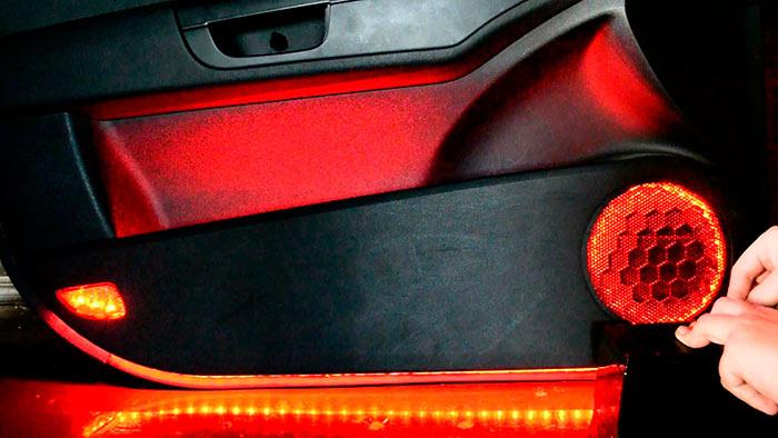 Светодиодная лента в автомобиле