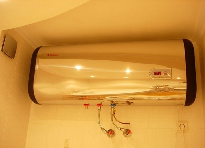 Прежде чем устанавливать накопительный водонагреватель, необходимо проверить, выдержит ли его стена