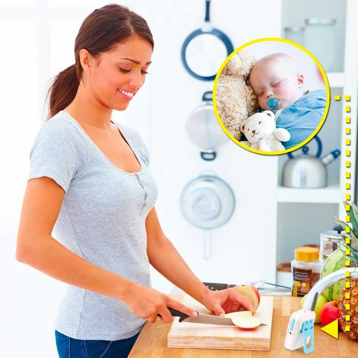 Радионяня позволяет контролировать малыша, находясь в другой комнате или во дворе