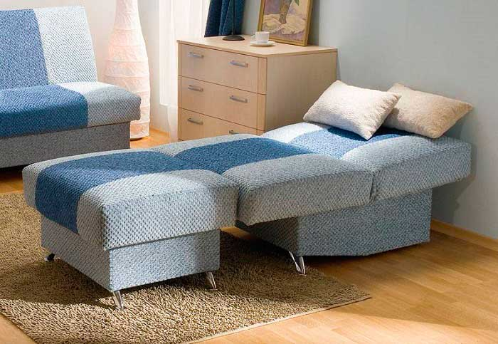 Кресло-кровать должно легко раскладываться без каких-либо усилий