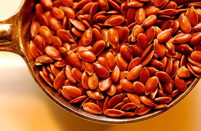 Семена льна хорошо способствуют сжиганию жиров