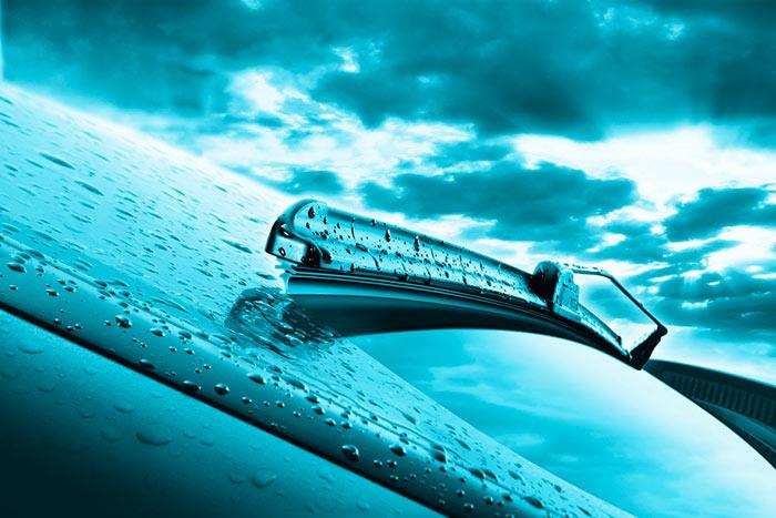 Прогрессивное нововведение - дворники с автоподогревом быстро растопят лед на стекле
