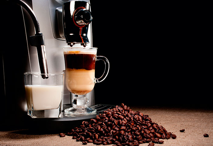 Автоматическая кофемашина приготовит ароматный напиток за 30 секунд