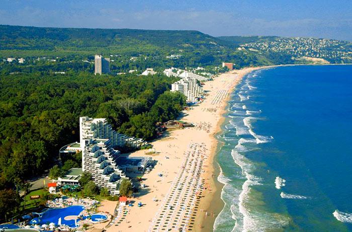 Албена - самый популярный курорт Болгарии для семейного отдыха