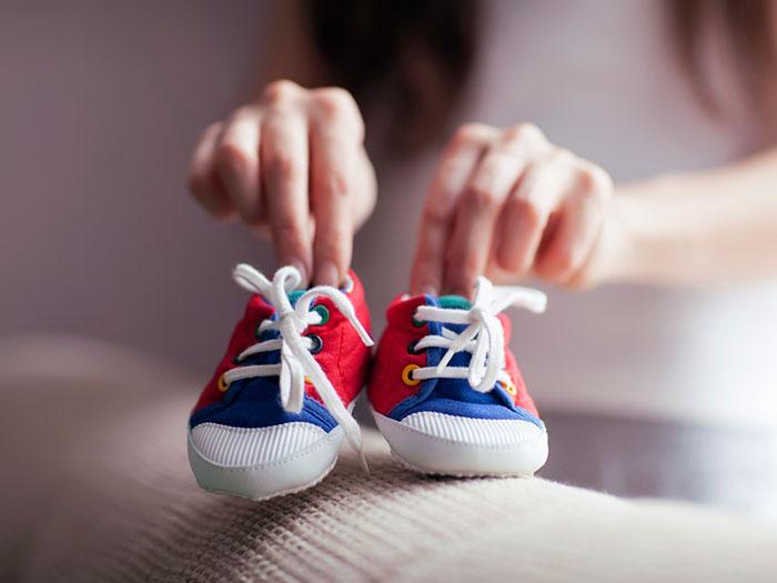 Первая обувь для ребенка не обязательно должна быть ортопедической