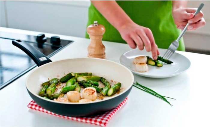 Выбираем сковороду с керамическим покрытием