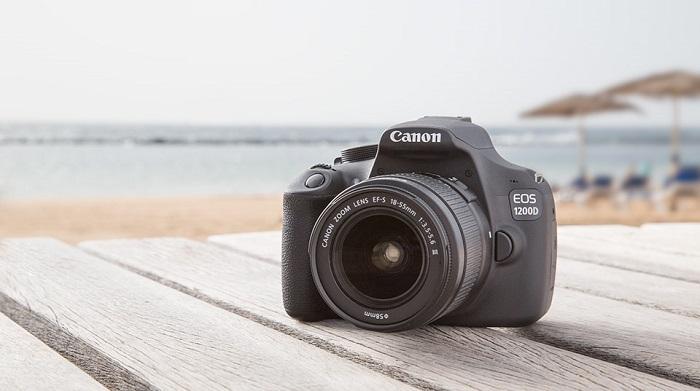 Зеркальный фотоаппарат Canon EOS 1200D - хорошая модель для начинающего фотографа