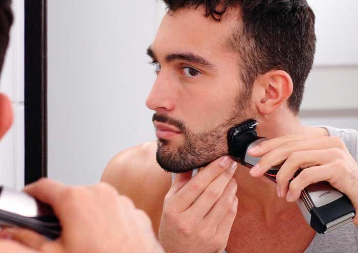 Придать форму бороде легко с помощью машинки для стрижки волос и специальной насадки