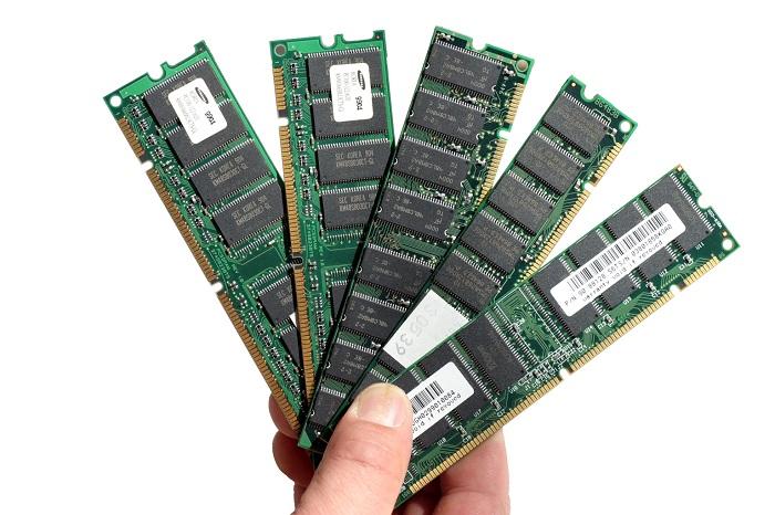 Для офисного компьютера достаточно оперативной памяти объемом 2 ГБ