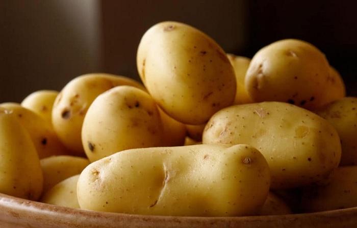 Немытая картошка хранится дольше, чем мытая