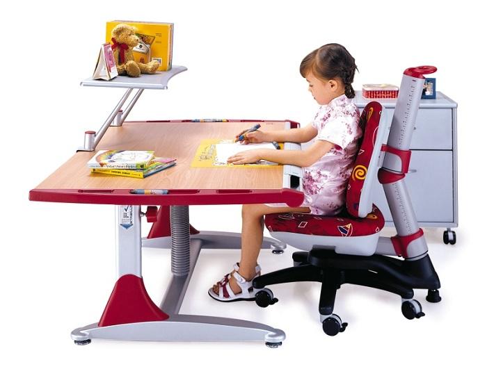 Не экономьте на стуле: осанка ребенка не менее важна, чем успеваемость