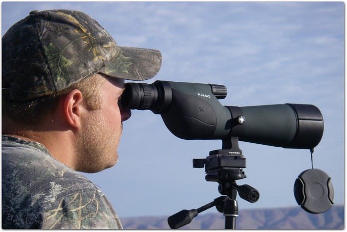 Подзорные трубы делятся на приборы дневного видения и приборы для наблюдения в сумерках