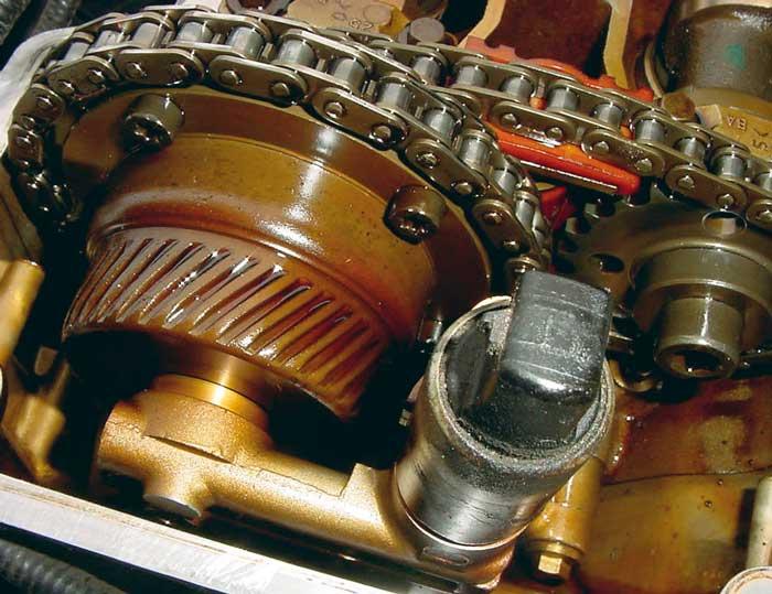 Промывать двигатель не нужно, если моторное масло качественное, а двигатель находится в отличном состоянии