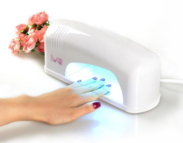 Выбираем лампу для сушки ногтей