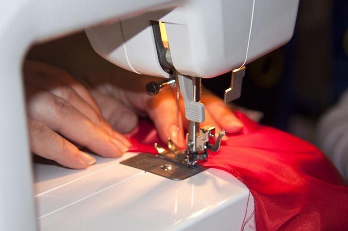 При выборе швейной машины определитесь, какие функции вам необходимы