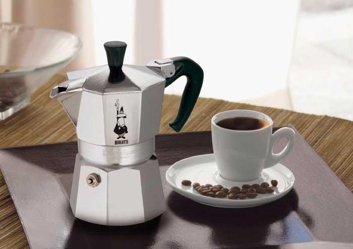 Кофеварка гейзерного типа Bialetti