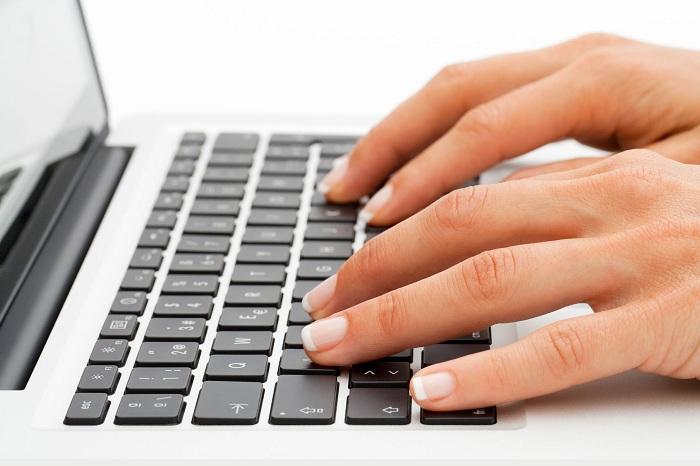 Для открытия файла используйте специальные программы