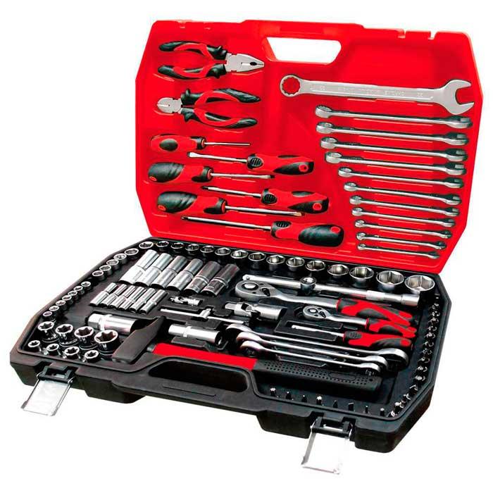 Набор инструментов в чемодане - отличный подарок автомобилисту