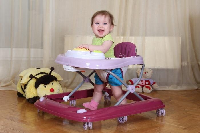 Контролируйте время пребывания ребенка в ходунках