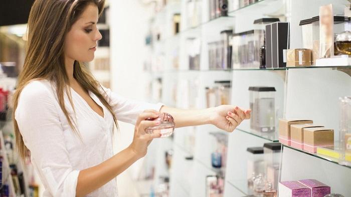 Приобретайте духи в специализированных магазинах