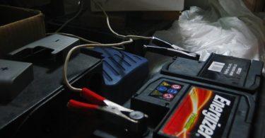 Автомобильный аккумулятор Energizer