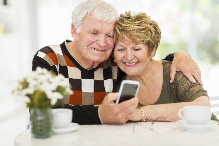 Выбираем телефон для пожилых людей
