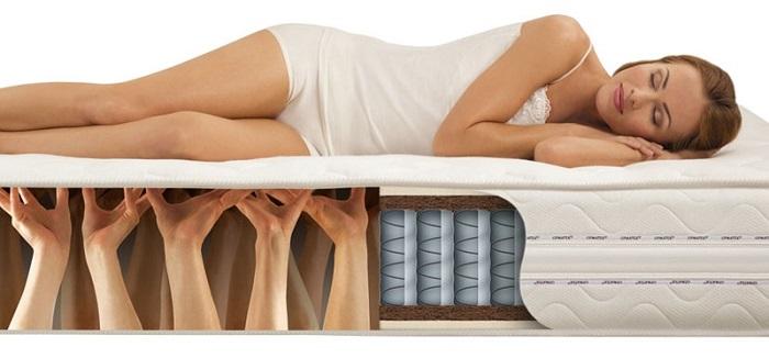 Матрас обеспечивает правильное положение тела во сне