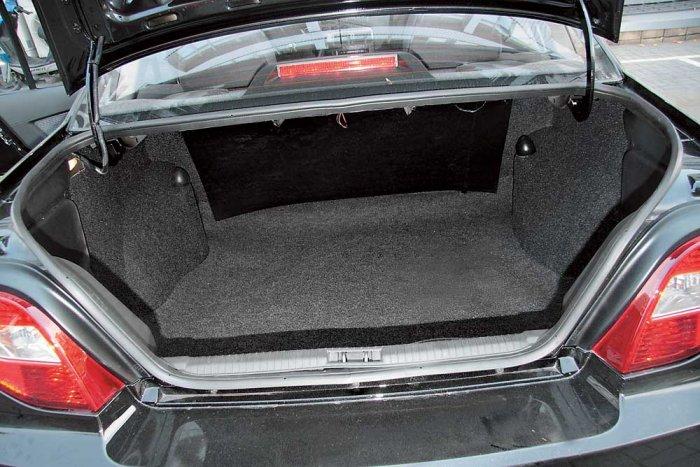 Небольшой багажник может доставить неудобства владельцу