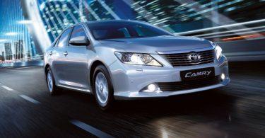 Автомобиль Тойота Камри
